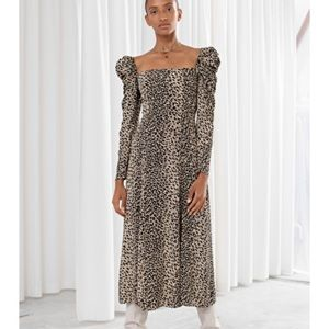 Ruched Balloon Sleeve Leopard Maxi Dress